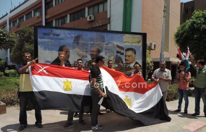 بالصور.. مديرية أمن القليوبية تحتفل مع المواطنين بافتتاح قناة السويس