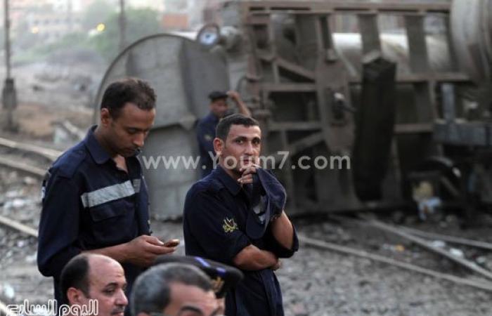 """السكة الحديد: حركة القطارات لم تتأثر بانقلاب قطار """"البترول"""" بالشرابية"""