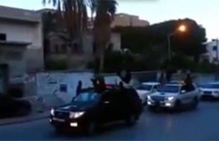 """مصدر ليبى: 7 شهداء و14 جريحًا فى تفجير نفذه """"داعش"""" بنقطة تفتيش بدرنة"""