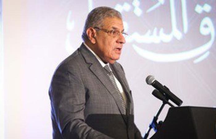 محلب يبحث مع وزير العدالة الانتقالية الاستعدادات الجارية للانتخابات