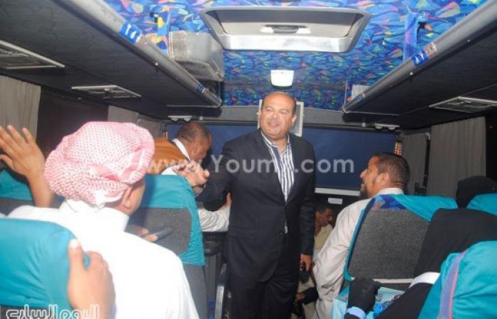 بالصور.. محافظ مطروح ومدير الأمن يودعان الحجاج قبل توجههم لبيت الله الحرام