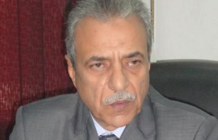 محافظ المنيا يفصل موظفا بالتموين لاستيلائه على دعم البطاقات الجديدة