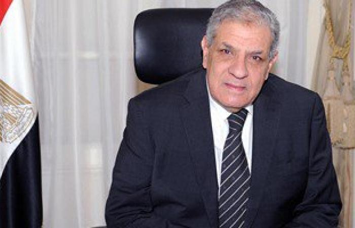 رئيس الوزراء ومحافظ القاهرة يتفقدان موقف أحمد حلمى