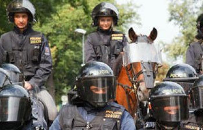 السلطات التشيكية تعلن وقف اجراءات احتجاز اللاجئين السوريين