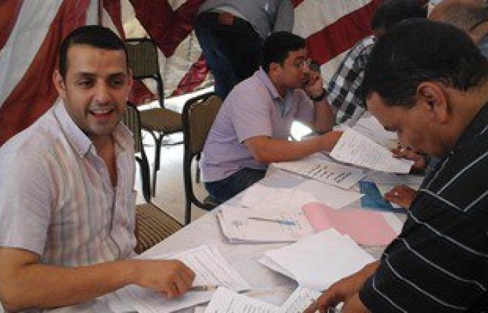 مرشح انتخابات بدمنهور يعتصم أمام مقر اللجنة العليا احتجاجا على استبعاده
