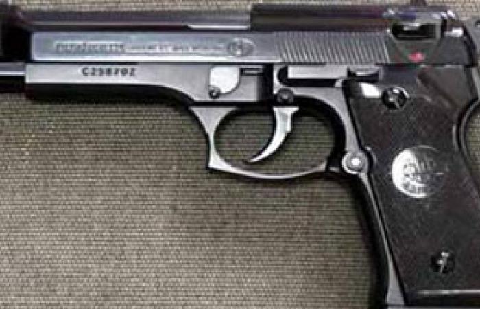 حبس عامل سرق سلاح ميرى خاص بضابط شرطة فى الوادى الجديد 4 أيام