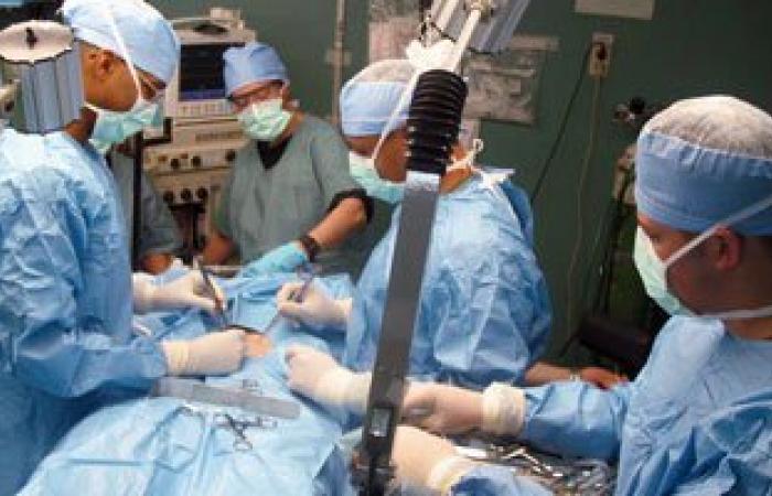 الاستماع للموسيقى أثناء وبعد الجراحة يخفف الألم ويضبط الضغط وضربات القلب