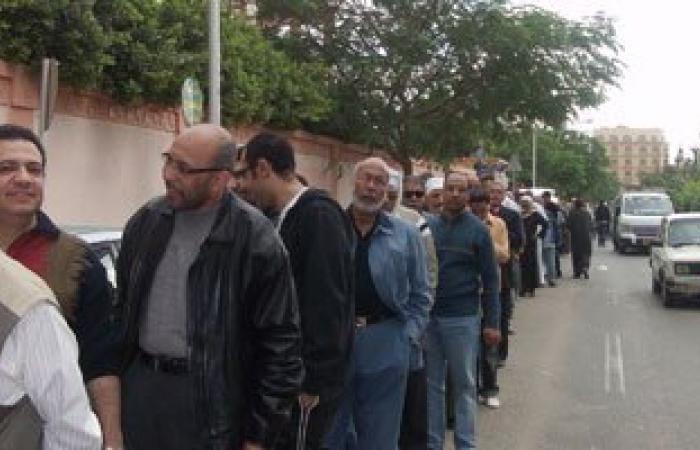 محمد الفخرانى محافظ الغربية الأسبق ومرشح تيار الاستقلال يتفقد لجان زفتى