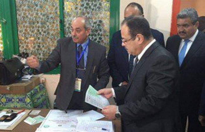 ننشر صور وزير الداخلية أثناء إدلائه بصوته فى مدينة نصر