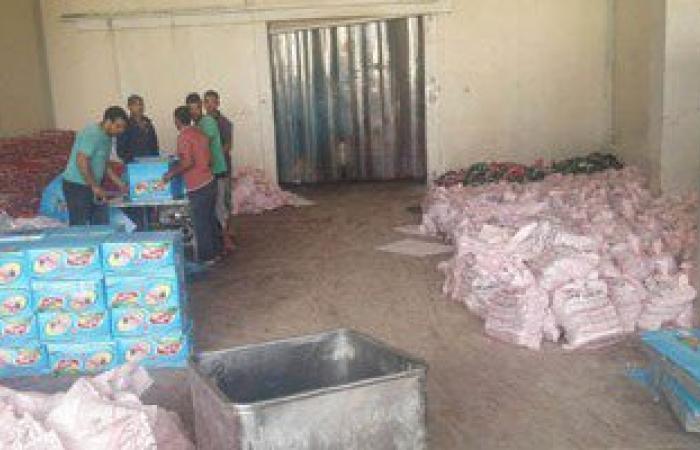 ضبط 36360 علبة حلاوة طحينية و10 آلاف طن سمسم داخل مصنع غير مرخص بالمنيا