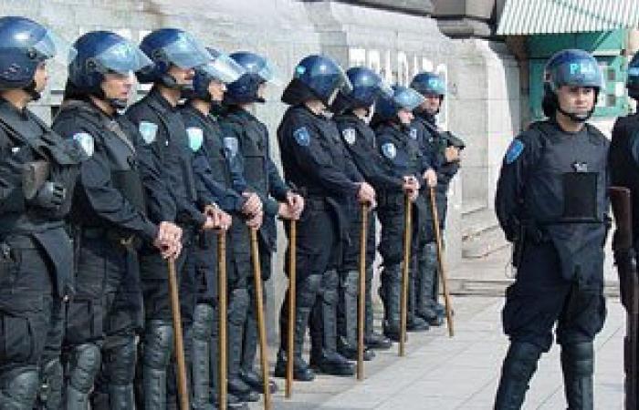 الأرجنتين تعتقل سوريين مسافرين بجوازات سفر يونانية مزورة