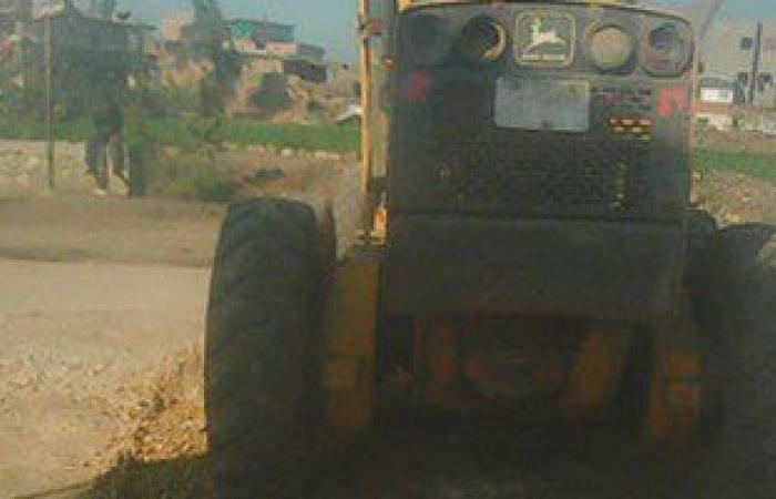 أهالى بقرى فى السنبلاوين يتقدمون بشكوى لرصف طريق واصل بين قريتين