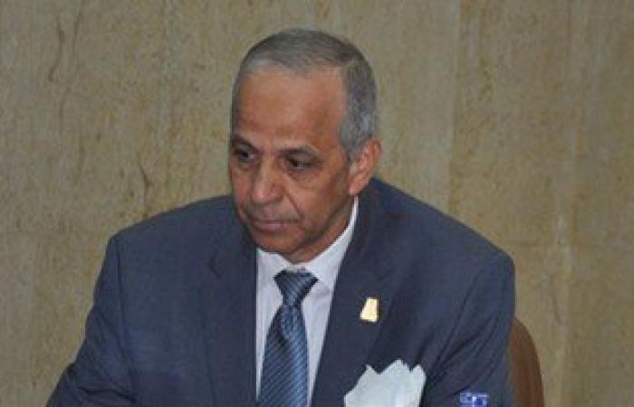 محافظ الوادى الجديد: 5 مديرين و67 ملفا يخضعون للتحقيق لدى الجهات الرقابية