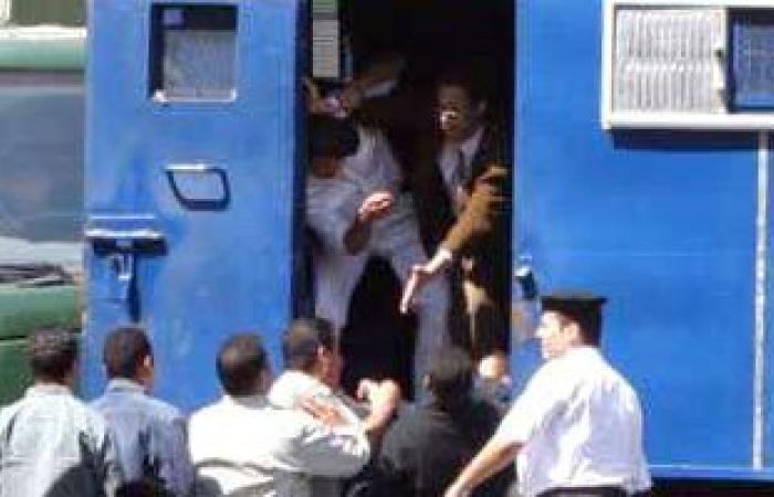 هروب متهم بحيازة سلاح نارى من سرايا نيابة أوسيم قبل عرضه
