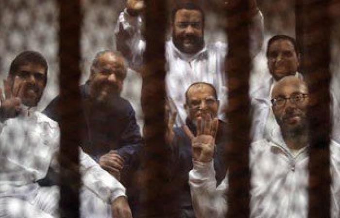 القبض على قيادى إخوانى ونجله لنشرهما ملصقات تحريضية ضد الدولة بالبحيرة