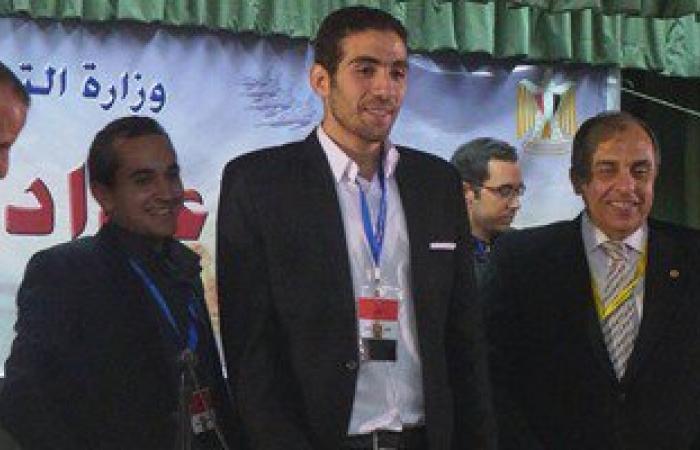 بيان لـ 400 شخصية عامة ورؤساء أحزاب لرفض حل اتحاد طلاب مصر