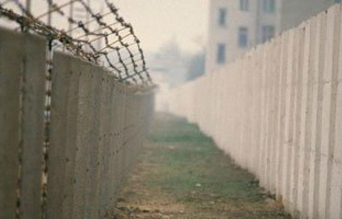 تركيا تنهى بناء أجزاء كبيرة من الجدار الفاصل مع سوريا