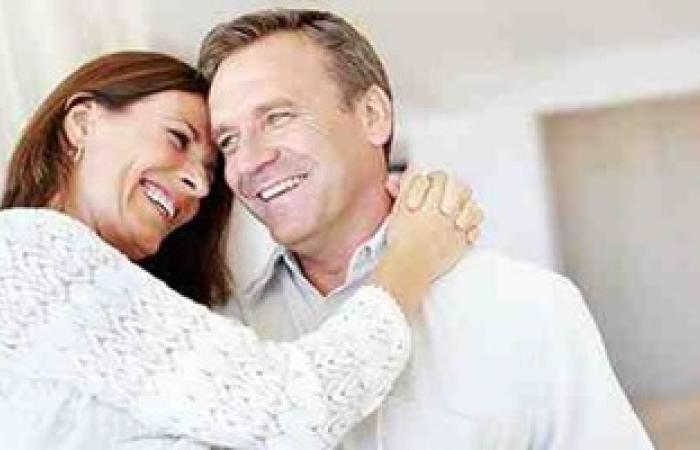 الحب يصنع المعجزات.. القبلات والأحضان بين الزوجين تعزز الصحة وتقوى المناعة
