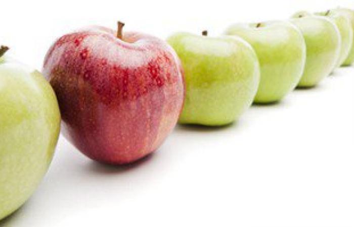 فى التفاح والموز واللبن.. للحفاظ على أسنان طفلك اديله فلوريد طبيعى