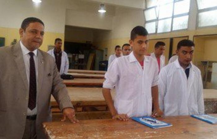 """وكيل """"تعليم دمياط"""" يتابع أعمال رفع كفاءة المدارس الزراعية والصناعية"""
