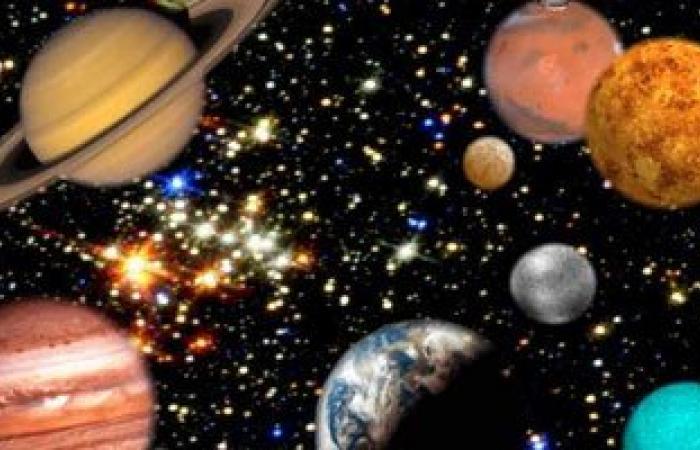معهد الفلك: 5 كواكب تتلألأ فى السماء قبل شروق شمس الأربعاء المقبل