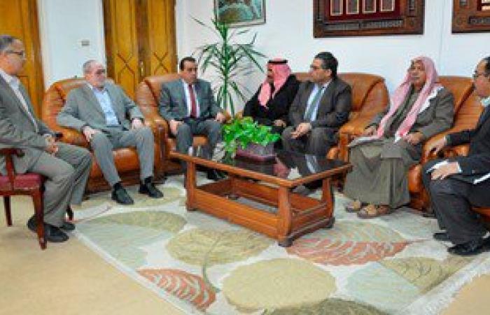 بالصور.. وفد من شيوخ وأهالى سيناء فى زيارة لجامعة قناة السويس