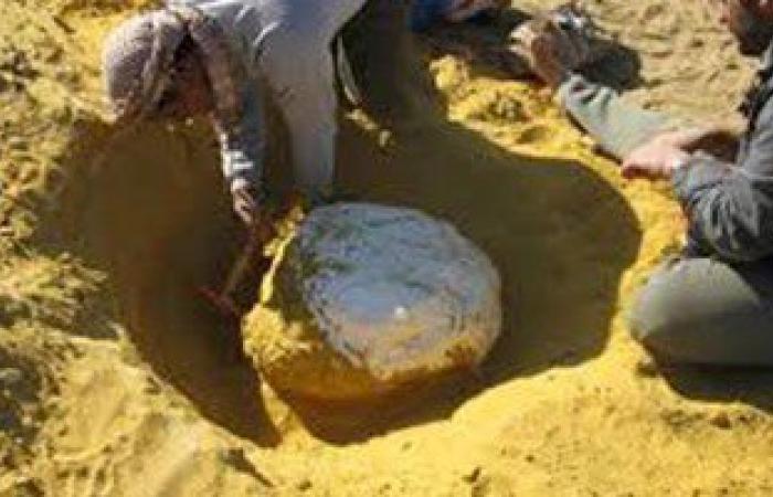 ضبط 1.5 طن رمال مخلوطة بمادة الذهب وأخرى شديدة الخطورة بورشة فى مرسى علم