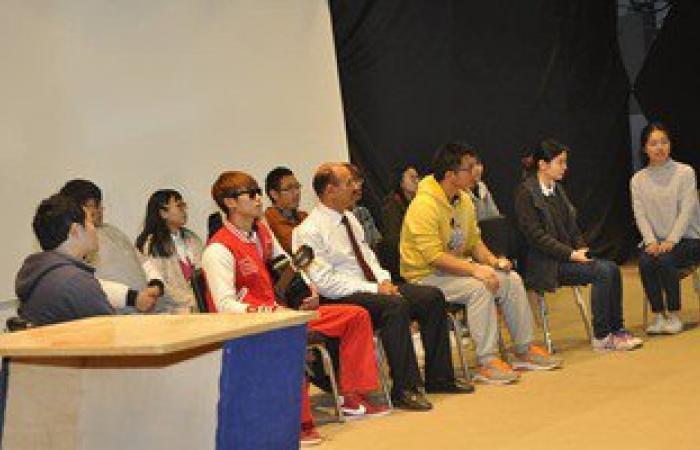 بالصور.. حفل تخريج الطلاب الأجانب بجامعة قناة السويس