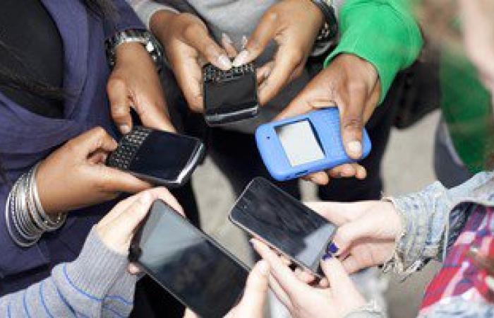 الديلى ميل: 25% من مستخدمى الهواتف الذكية يعزفون عن ممارسة الجنس