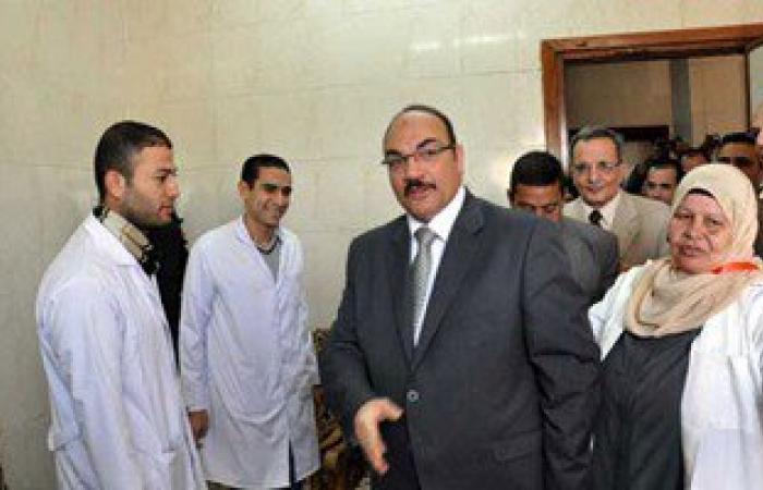 بالصور.. محافظ القليوبية يتفقد مستشفى ميت كنانة ومحطة معالجة المياه