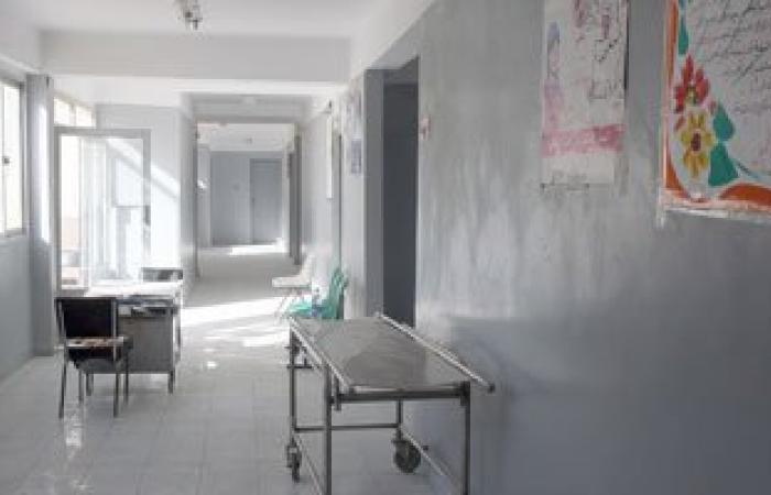 إحالة 42 طبيبا بمستشفى أهناسيا المركزى ببنى سويف للتحقيق لتغيبهم عن العمل