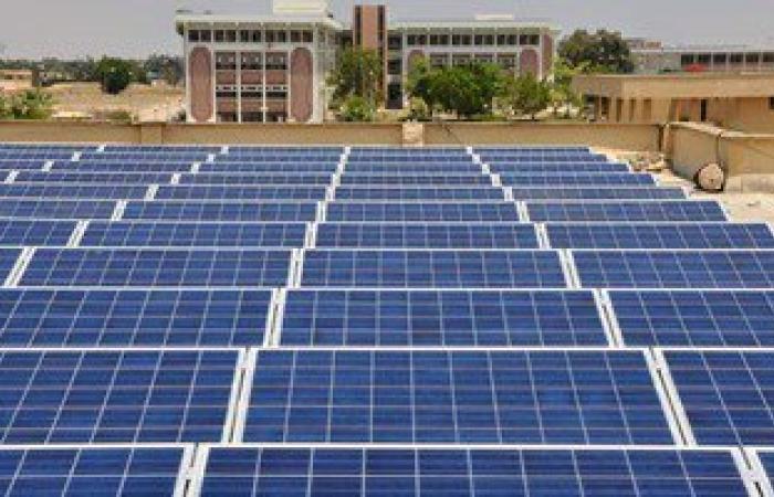 حسام مغازى يشهد أول تجربة لرى 500 فدان بالبحيرة باستخدام الطاقة الشمسية