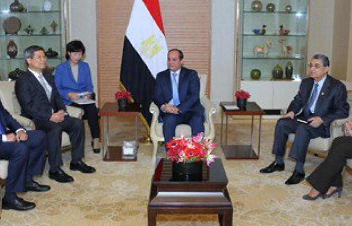 موكب الرئيس يغادر مطار القاهرة بعد وصوله من كوريا الجنوبية