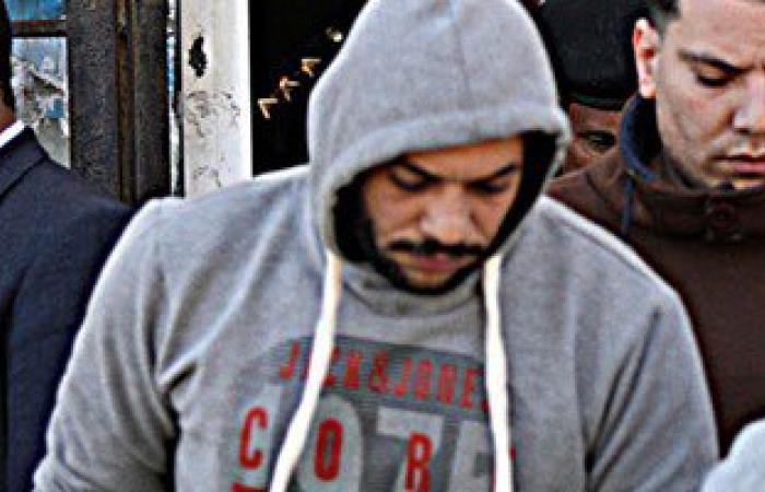 """وصول تيمور السبكى إلى محكمة جنح أكتوبر لمحاكمته فى قضية """"سب سيدات مصر"""""""