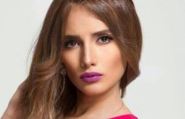 الفنانة زينة تُقيم دعوى خلع ضد أحمد عز أمام محكمة الأسرة