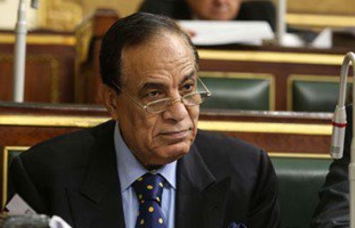 """لجنة التحقيق البرلمانية تستمع اليوم لـ""""كمال أحمد"""" فى ضرب عكاشة بـ""""الجزمة"""""""