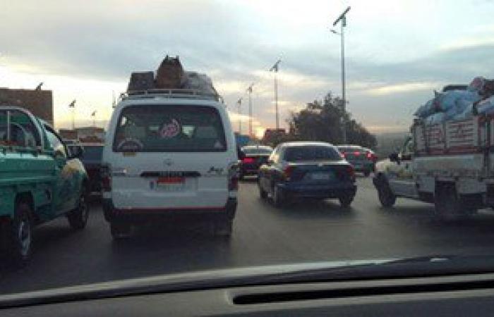توقف حركة المرور بسبب حادث وأعمال صيانة أعلى الأوتوستوراد والفيوم الصحراوى