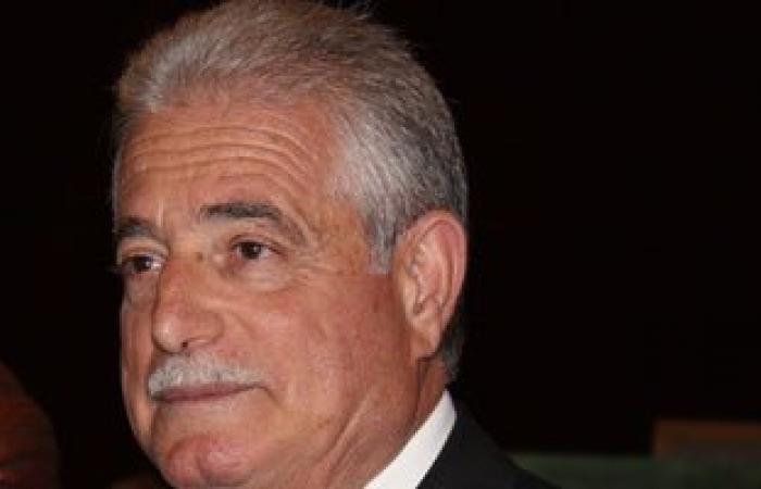محافظ جنوب سيناء يناقش المشروعات التنموية مع المجلس التنفيذى للمحافظة
