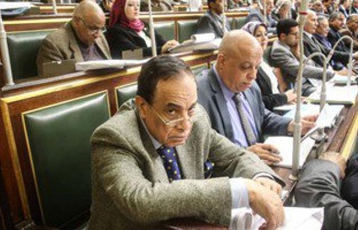 """بدء التحقيق مع كمال أحمد فى واقعة ضرب توفيق عكاشة بـ""""الجزمة"""""""