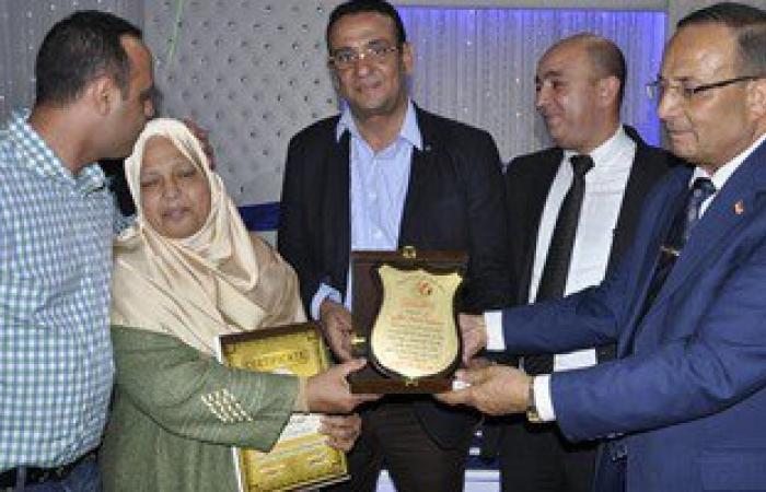 بالصور.. حفل تكريم الأمهات المثاليات بمركز شباب المنشية الجديدة بشبرا الخيمة