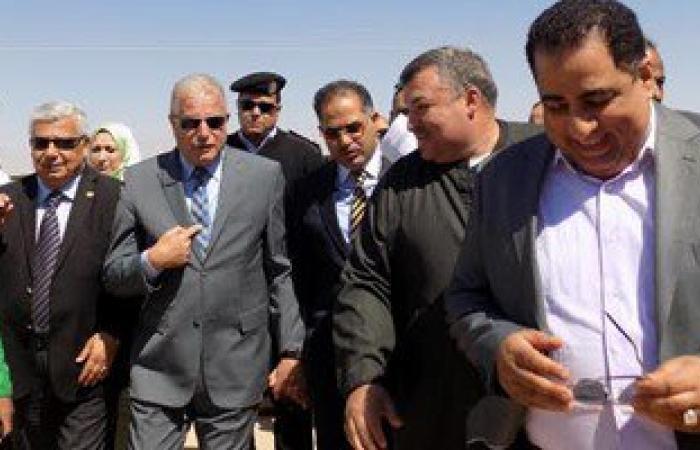 بالصور.. أعضاء البرلمان يشيدون بالمشروعات الخدمية فى جنوب سيناء