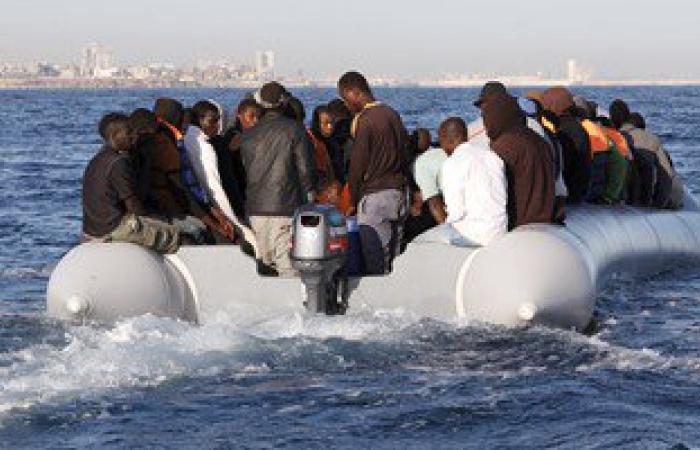 توقيف 44 مهاجرا غير شرعى شمال مدينة الكفرة الليبية