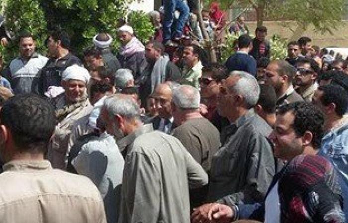 بالصور.. أهالى قرية جميزة بالشرقية يتظاهرون اعتراضا على نقل مستشفى