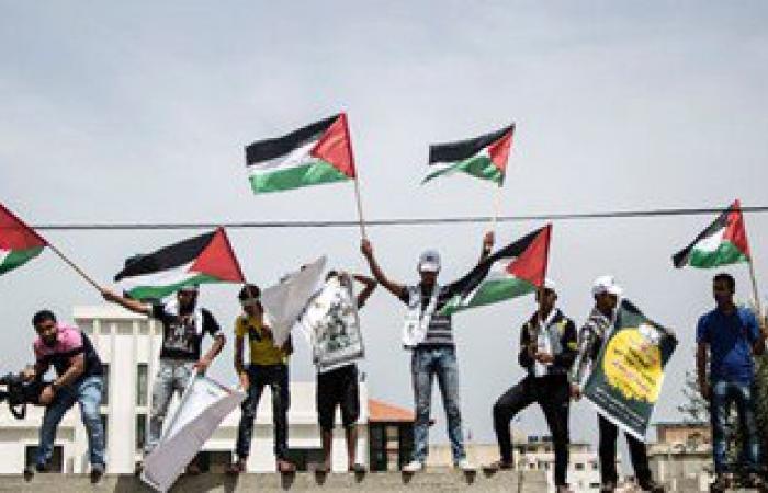 بالصور.. الفلسطينيون يحيون الذكرى الـ68 للنكبة وسط دعوات لإنهاء الانقسام