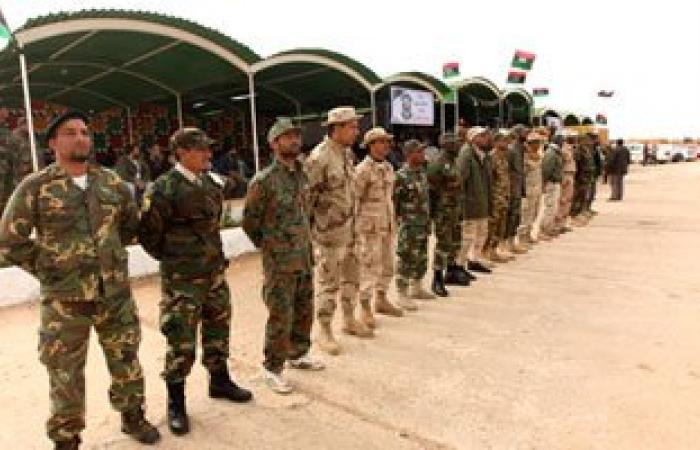 الجيش الليبى يستهدف تجمعات الإرهابيين بمحور الصابرى فى بنغازى