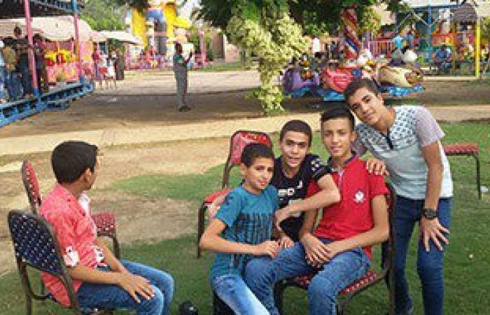 بالفيديو والصور.. أطفال بنى سويف يتحدون حرارة الجو فى أول أيام عيد الفطر