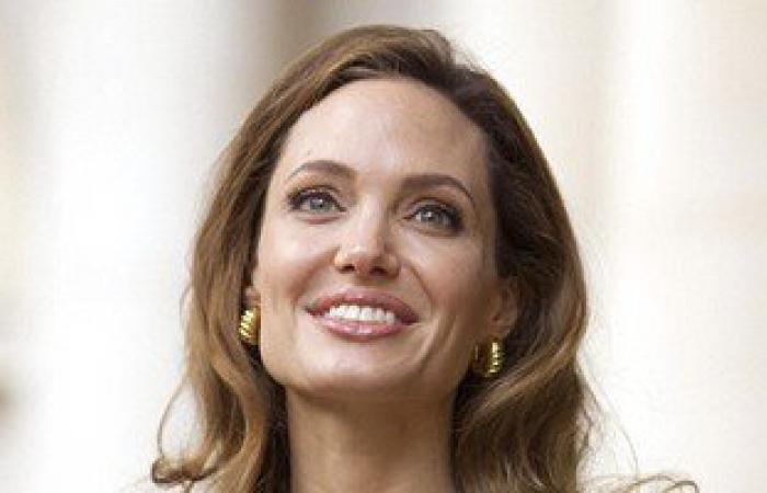 """مفاجأة.. جين """"أنجلينا جولى"""" المسبب لسرطان الثدى مسئول عن سرطان البروستاتا"""