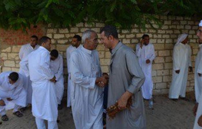 بالصور.. بدو سيناء يواصلون استقبال ضيوفهم فى الدواوين فى ثالث أيام العيد