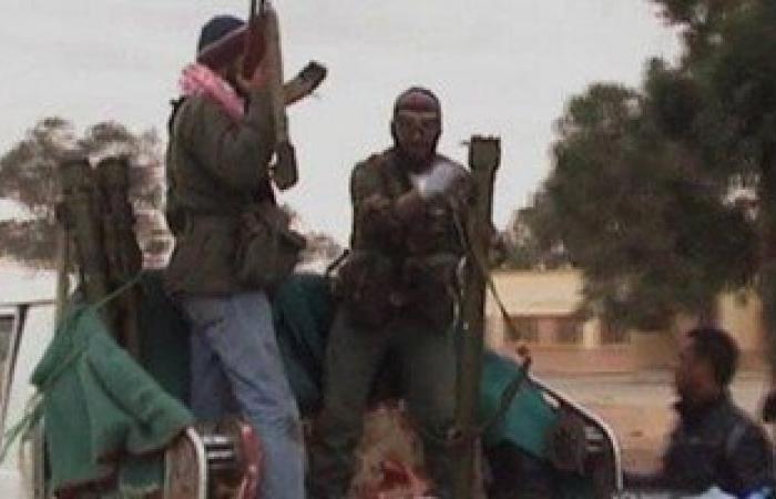 مقتل 13 وإصابة 214 جنديا من الجيش الليبى جراء اشتباكات مع داعش ببنغازي