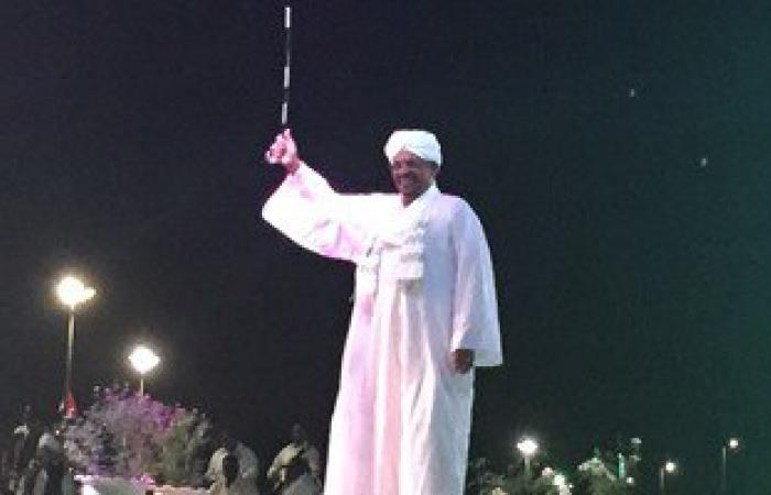 الرئيس السودانى يصل رواندا رغم أمر اعتقال من المحكمة الجنائية